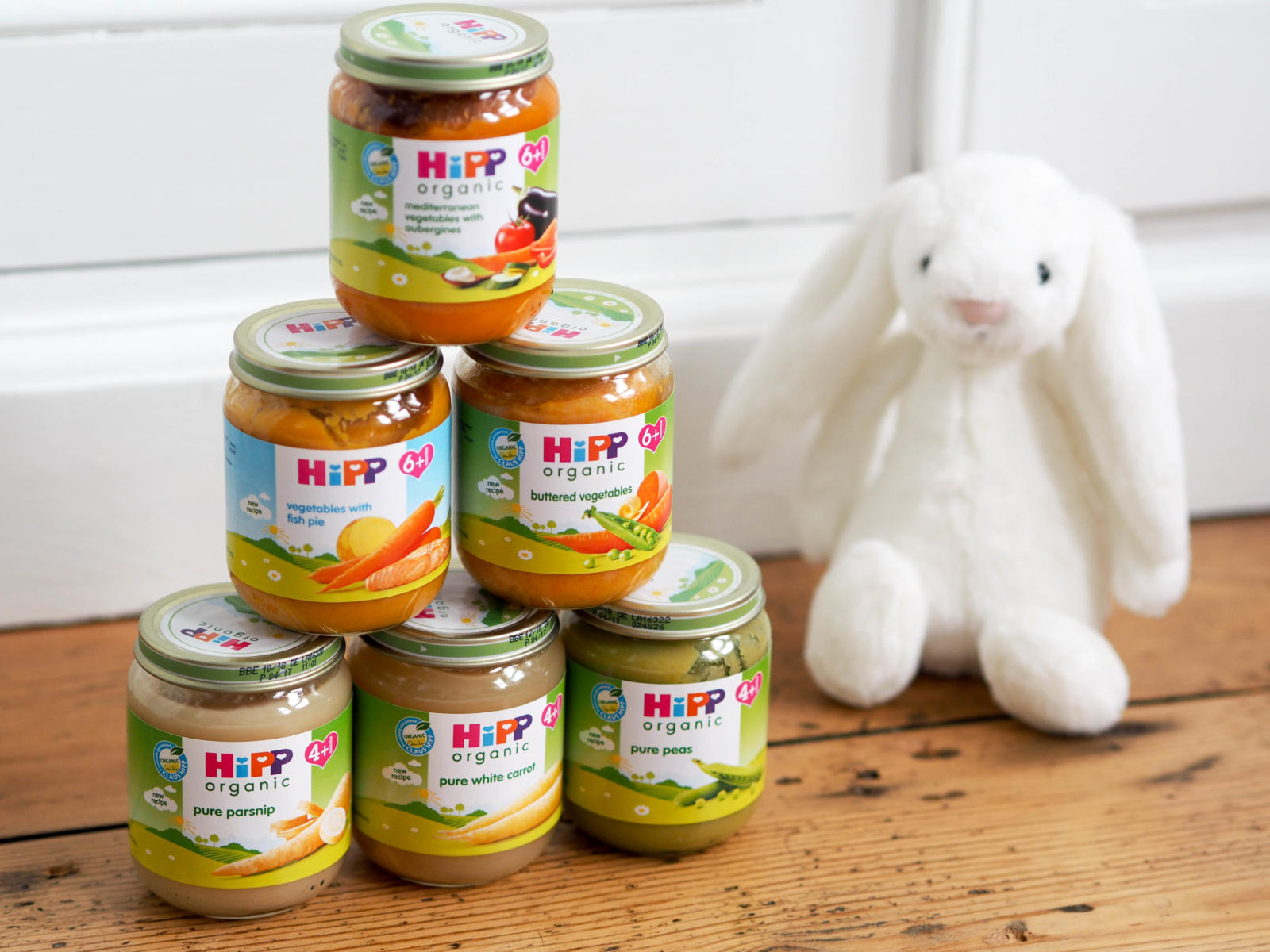 Weaning: First Tastes and Reactions (& win a Weaning hamper!)